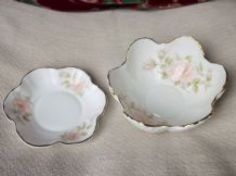 2 X VERY PRETTY GILDED FLOWER SHAPE DISHES PINK ROSES MODUS CLASSIQUE CHINA